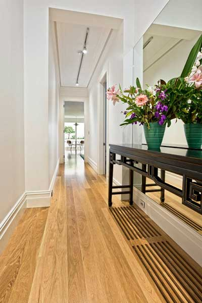 Best house painters North Shore give skirting board and architraves colour advice