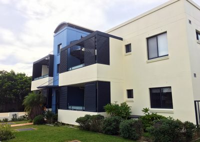 strata complex painting narrabeen