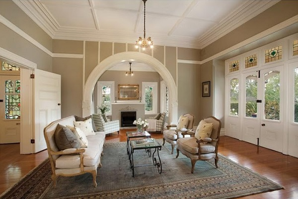 4 tips to choosing the right paint colour for your heritage home