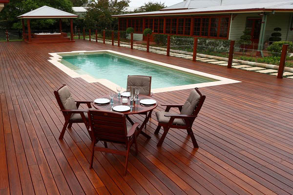 Deck staining and restoration tips from our Northern Beaches residential painter