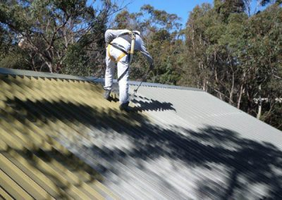 roof-spraying-painting-in-progress-north-shore-sydney-summit-coatings